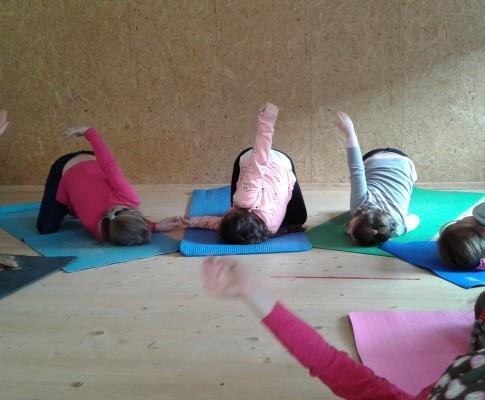 Jogos būrelis – ir norintiems sustiprėti, ir trokštantiems atsipalaiduoti